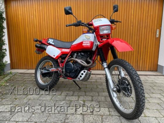 XL600L Paris-Dakar EZ1983 (PD03)